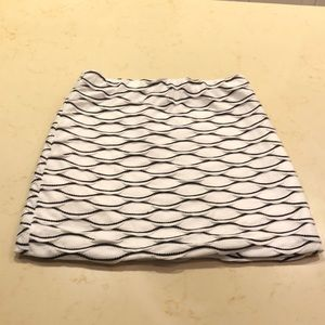 Scaled-patterned skirt